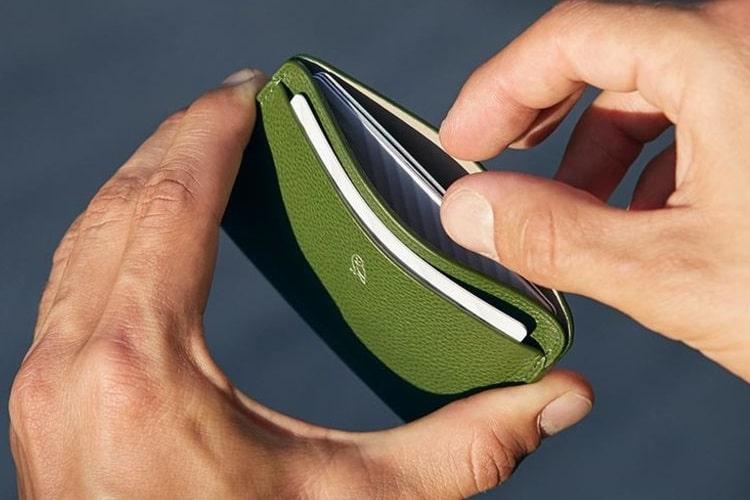 bellroy green color wallet