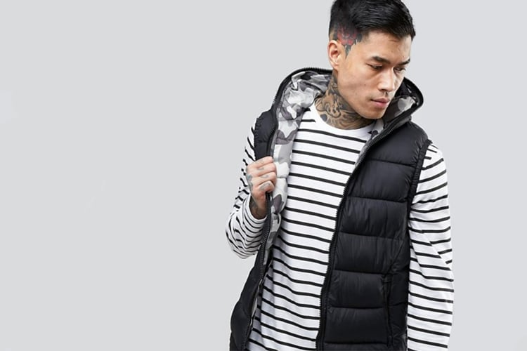 Bershka Puffer Vest in Black / Camo Hood