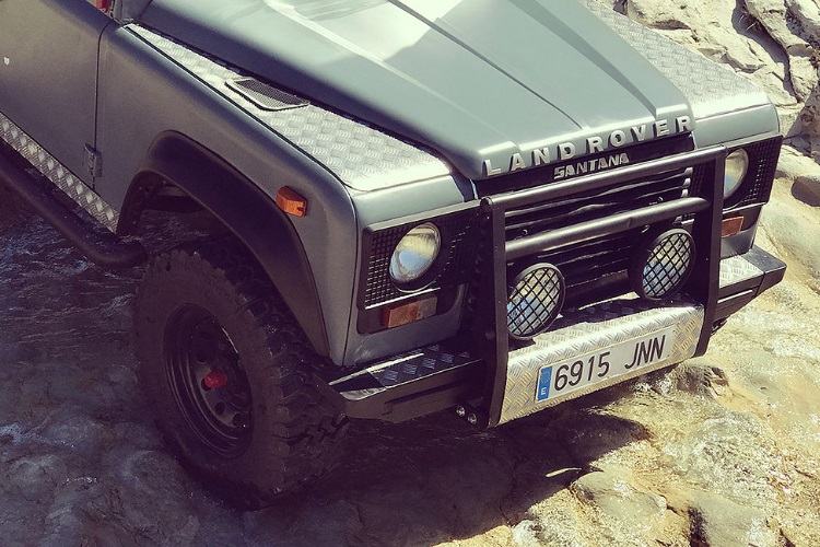 bumpers of petrology land rover defender