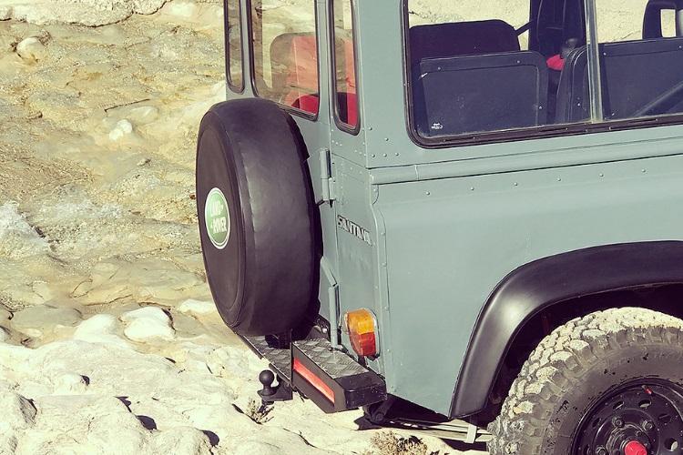 petrology land rover defender wheel
