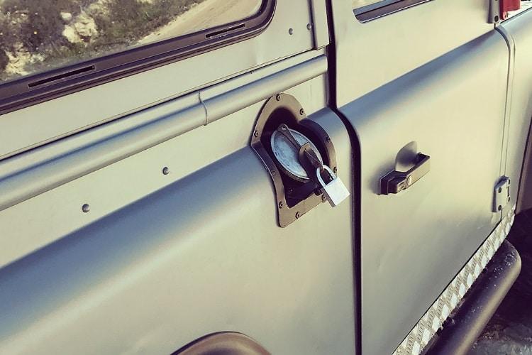 petrology land rover defender door lock
