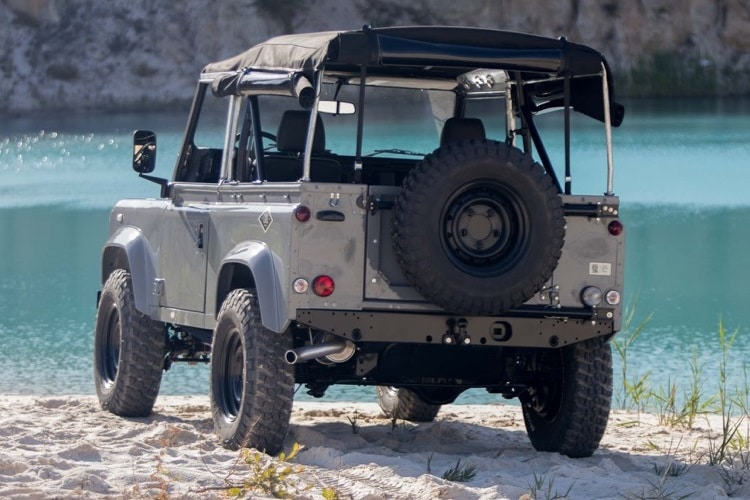 cool and vintage defender 90 rear view