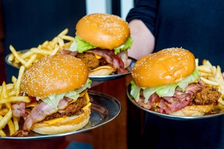 pub life kitchen burger