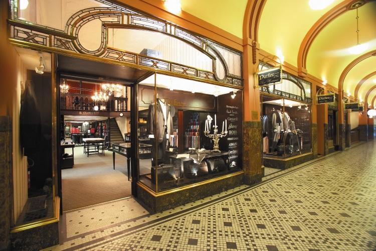 parker & co suit shops interior