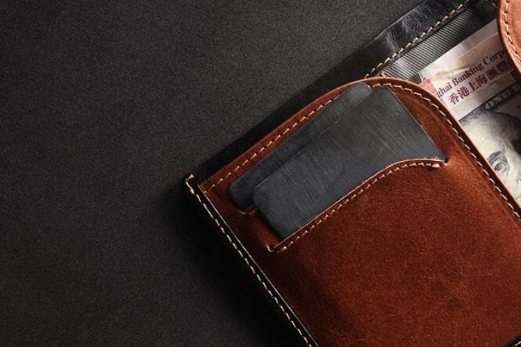 swift rapid leather wallet four card slots front
