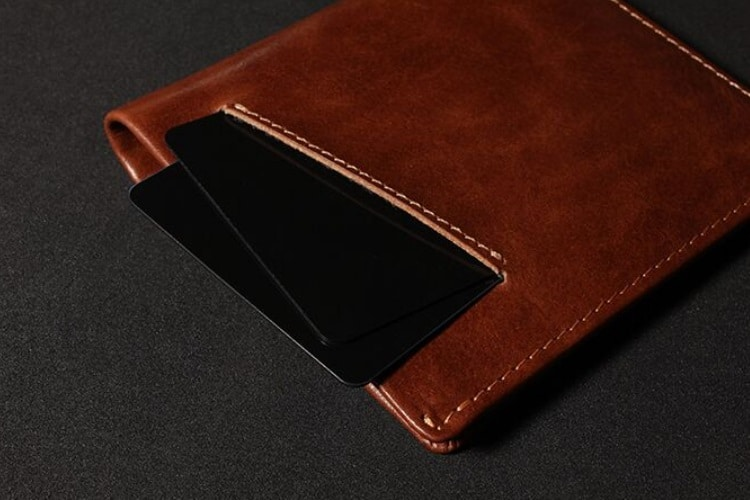 swift rapid wallet business card slots on back