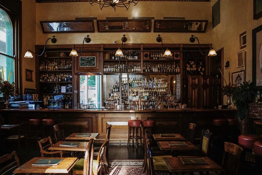 the best whisky bars in brisbane - gresham