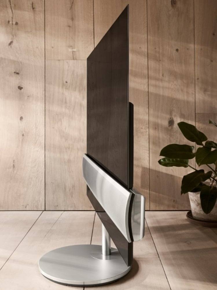 bang and olufsen loudspeakers side look