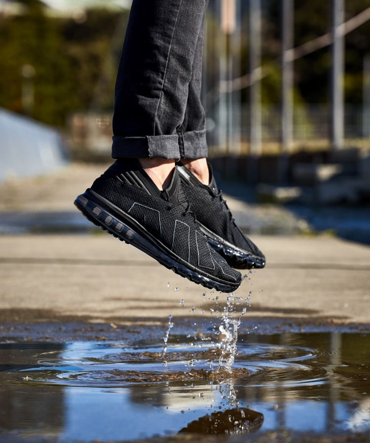 nike air max flair shoe jumping view