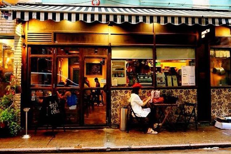 hong kong city mansons lot coffee shop