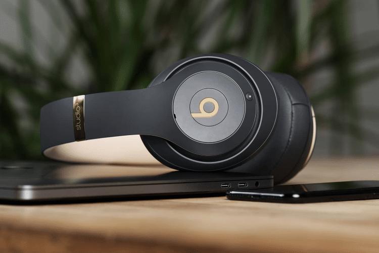 334b0028fb8 The Mayweather of Headphones - Beats Studio3 Wireless | Man of Many