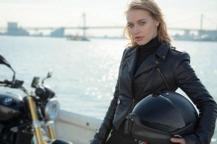 x1 hud motorcycle helmet catch in hand
