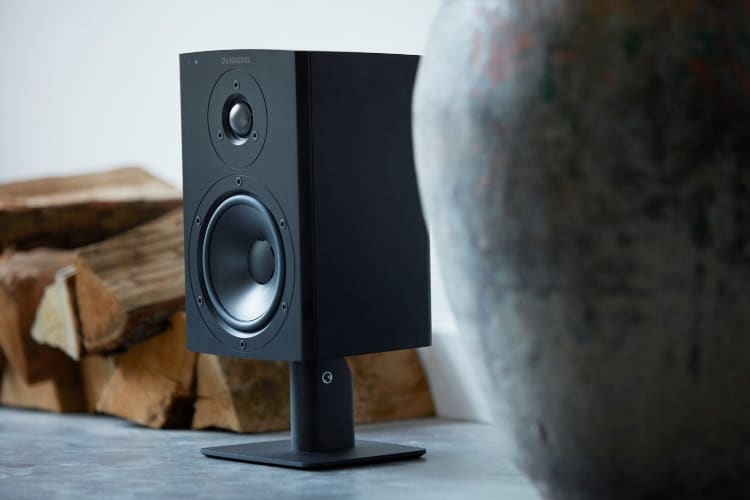 dynaudio xeo loudspeaker on the stand