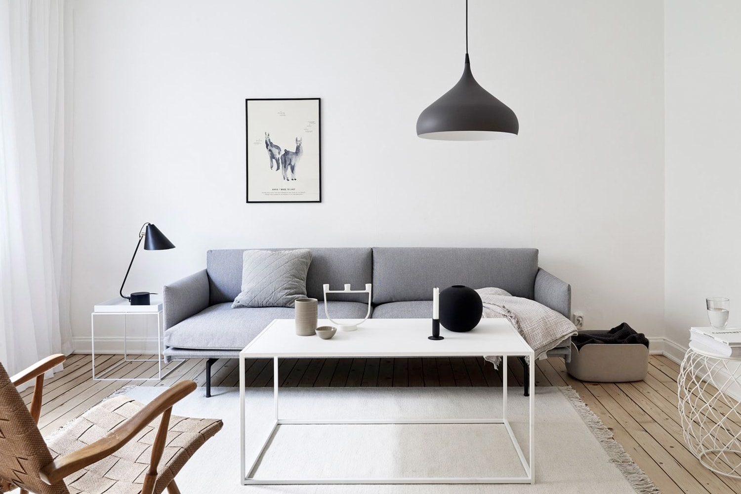 How to style a minimalist home man of many for Minimalist room decor
