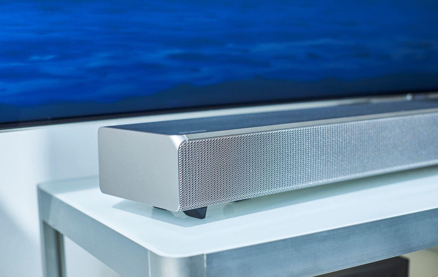 samsungs sound and soundbar side shape