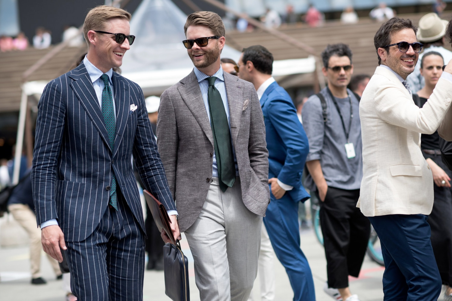 3c9273cde7ca How to Wear a Men's Suit in Summer | Man of Many