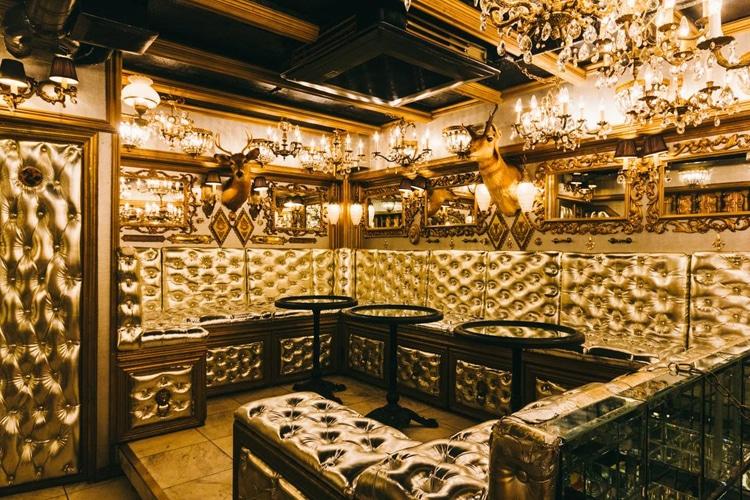 tokyo city trump room