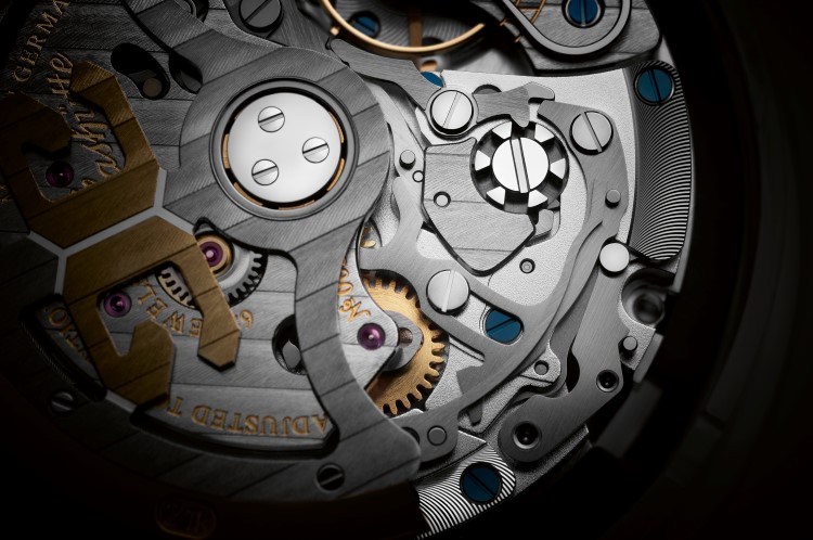 glashütte original watch internal system