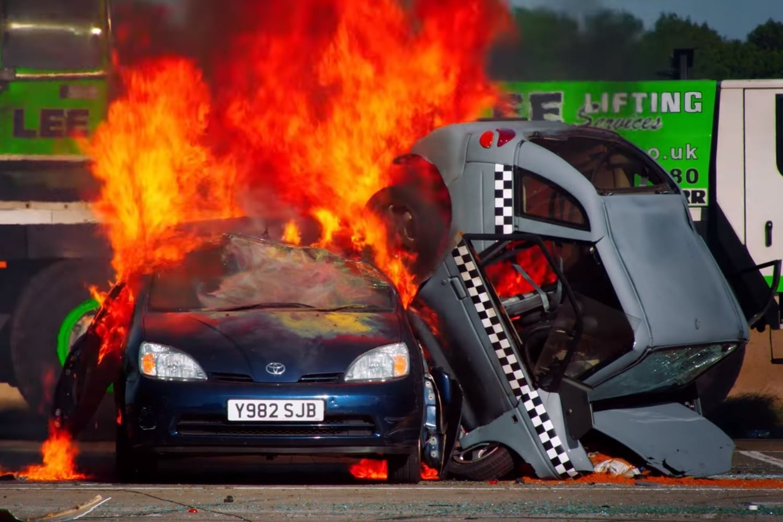 richard hammond car fire