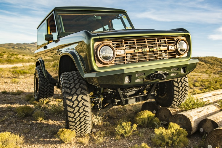 front restored 1976 ford bronco