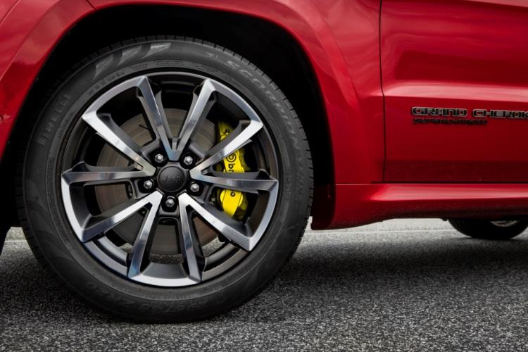 jeep grand cherokee trackhawk wheel