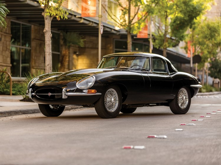 bumper jaguar e-type car