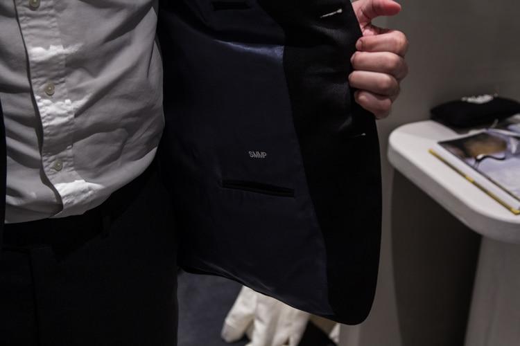 men wear suit