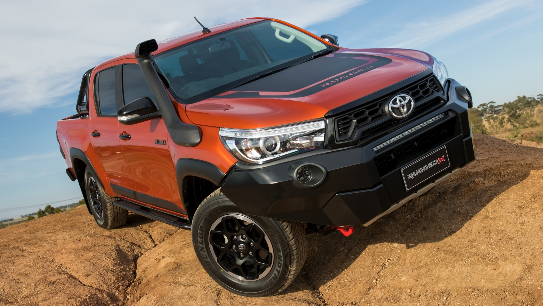 toyota hilux rugged x tire