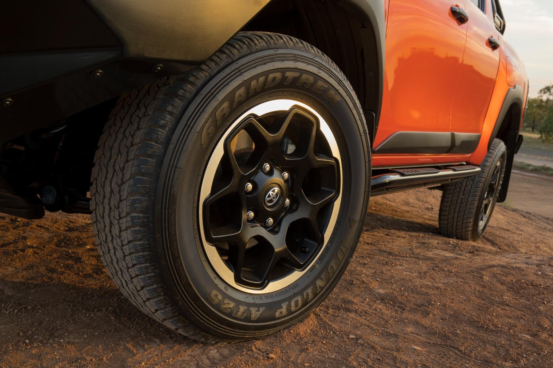 wheel toyota hilux rugged x