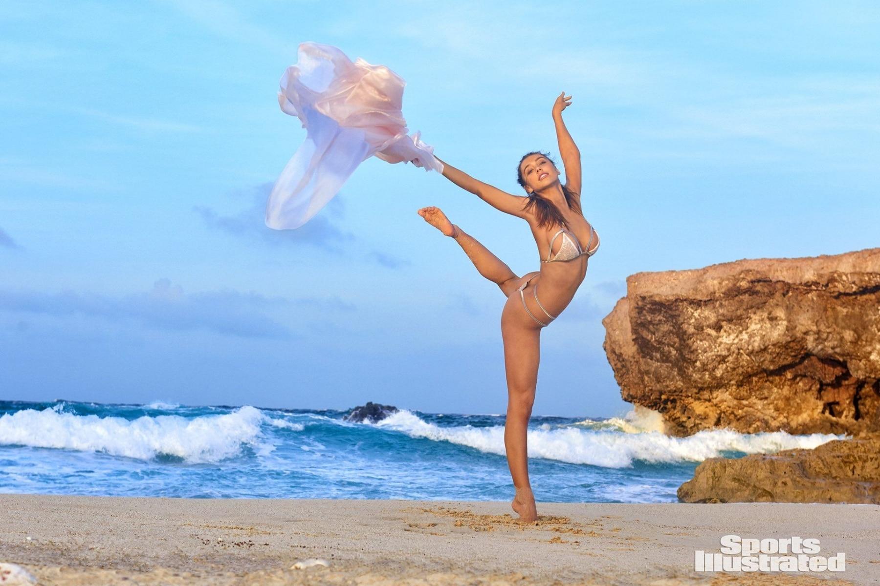 dancing style of alexis ren