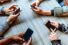 curb your phone addiction
