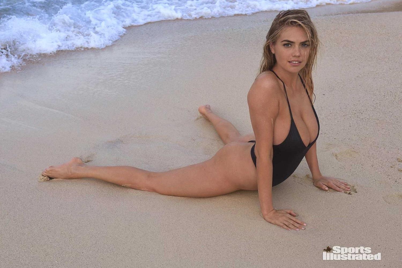 alexis ren lying down in see beach