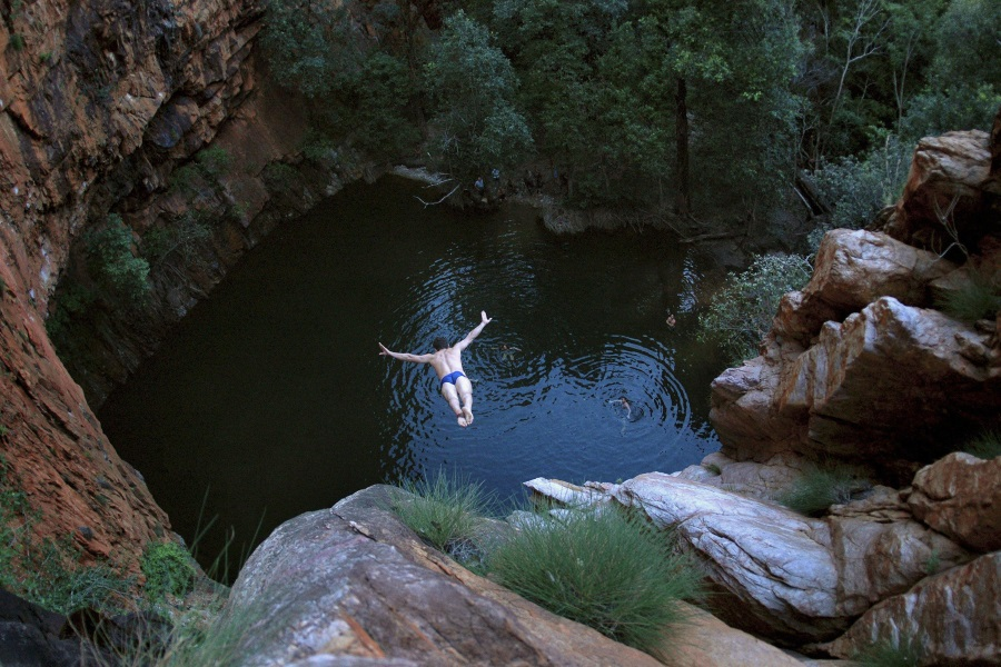 macquarie pass jump rock tongarra for cliff diving