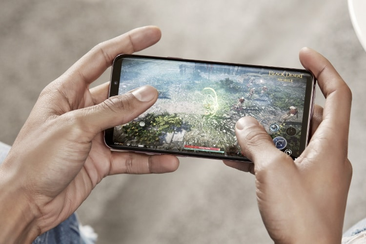 15 essential tech gadgets smartphone gaming