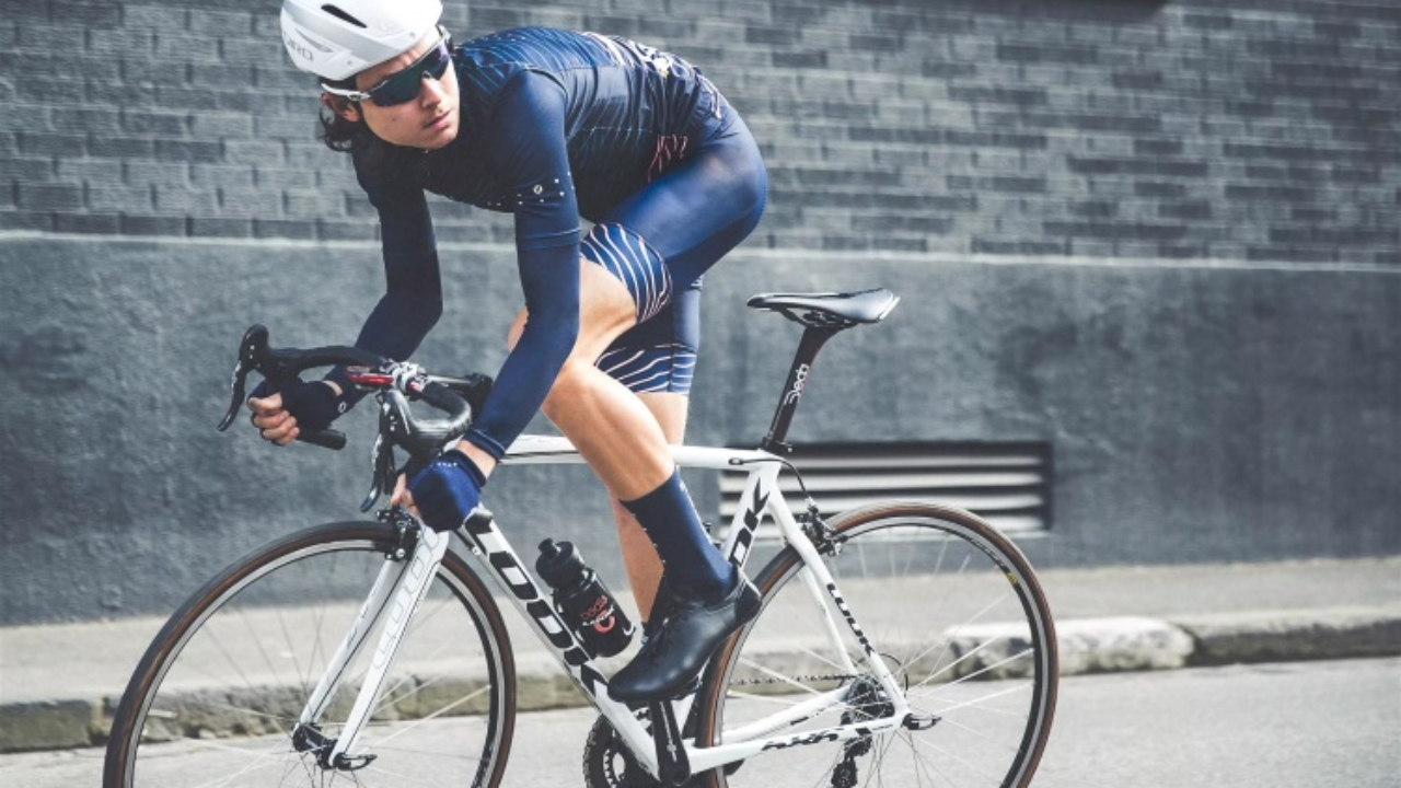 21 Top Cycling Apparel Brands and Kits | Man of Many