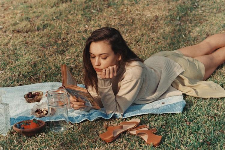 sophia tatum read the book in the field