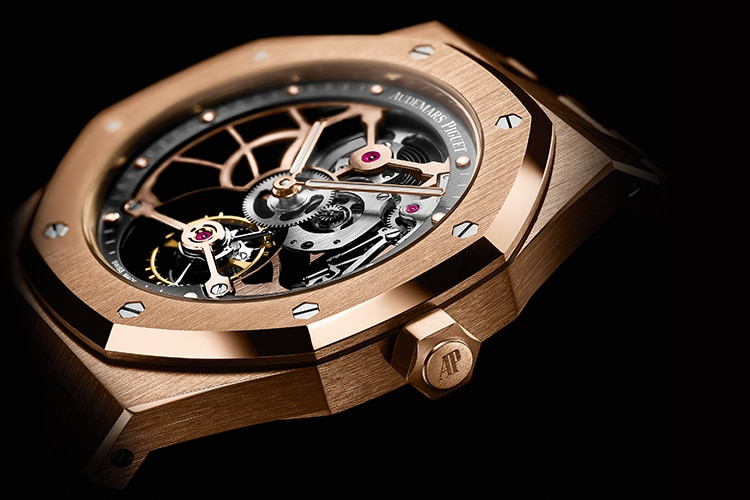 audemars piguet watch internal structure and crown