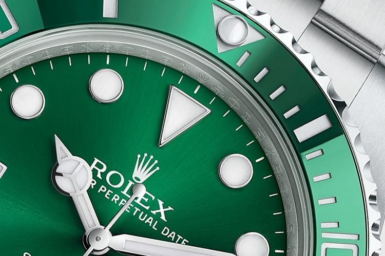 rolex hulk submariner watch hands