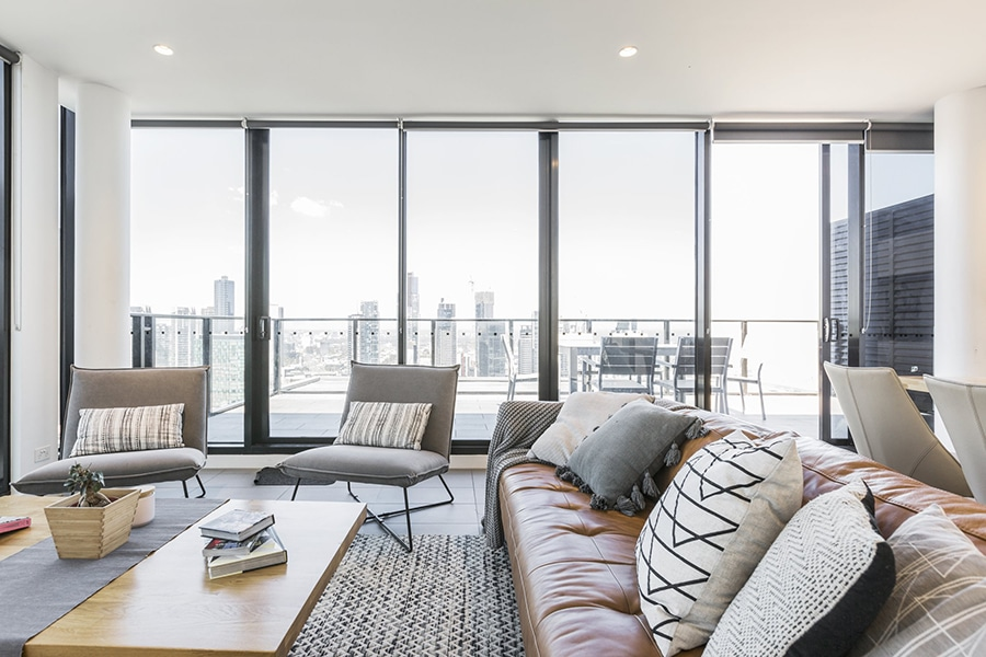 penthouse apartment with panoramic views melbourne cbd