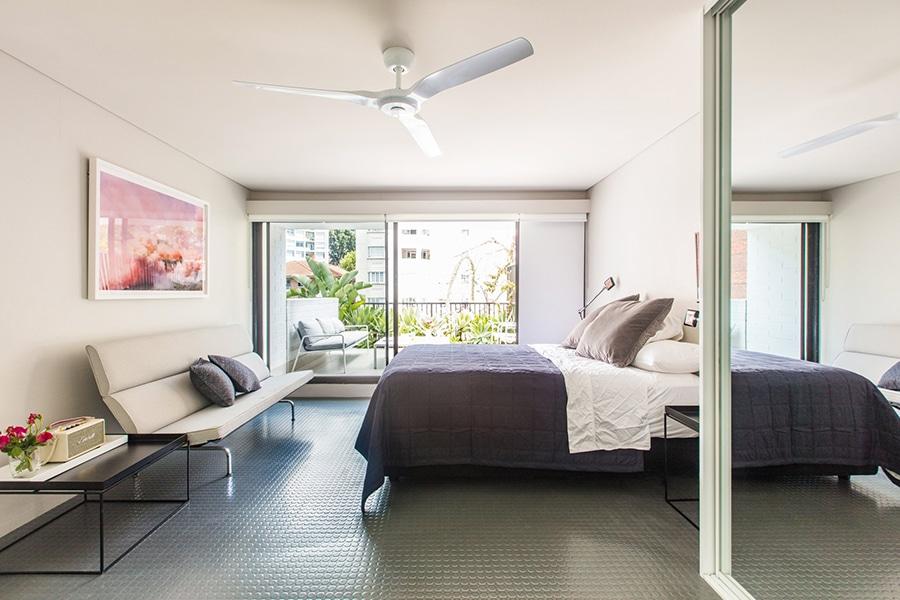 designer studio flat with private terrace elizabeth bay