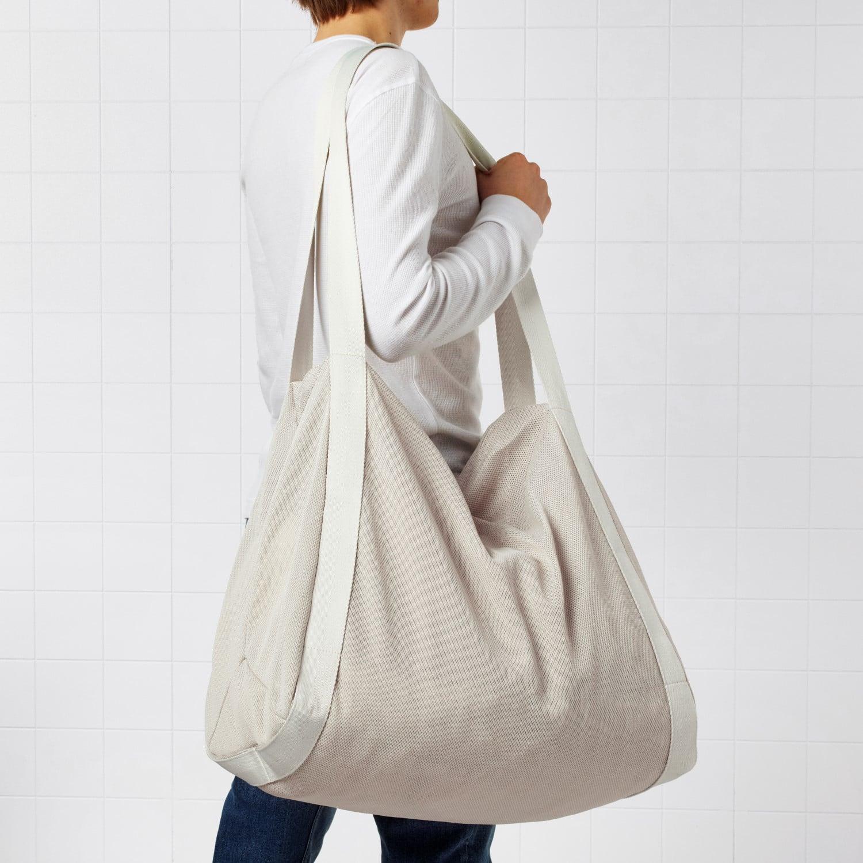 ikea spanst bag in the shoulder