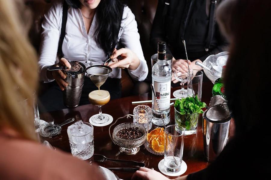 melbourne bar tender making drinks