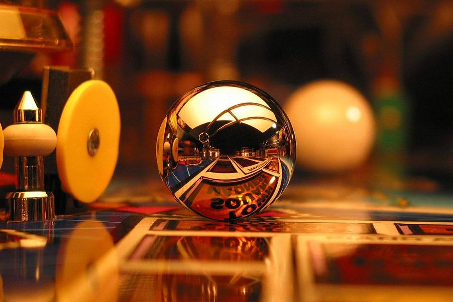 melbourne up close shiny pinball