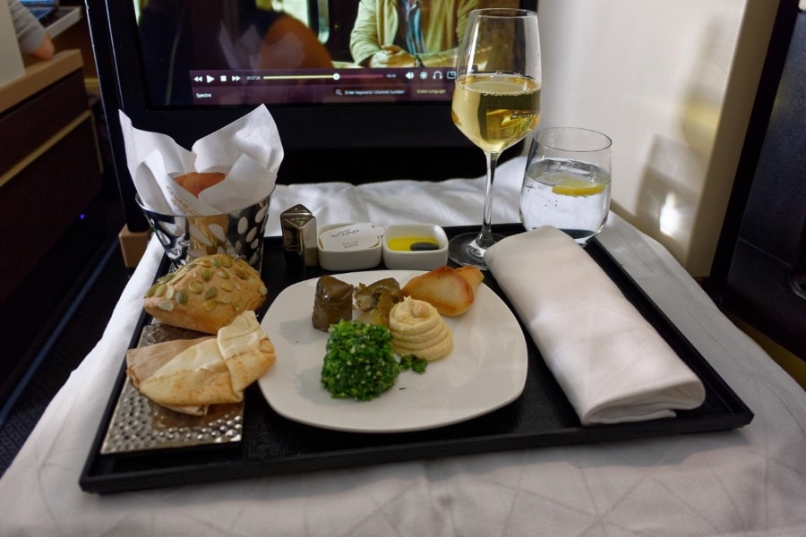 etihad a380 business class dining & meal