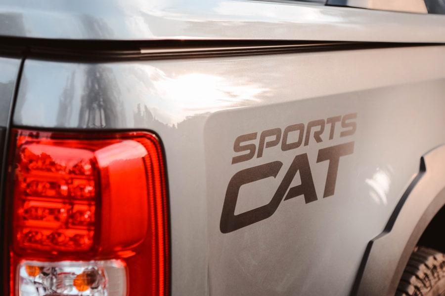hsv colorado sportscat back lights