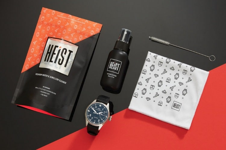 heist watch cleaning kit