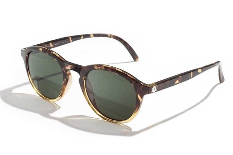 huckberry sunski single fins sunglasses
