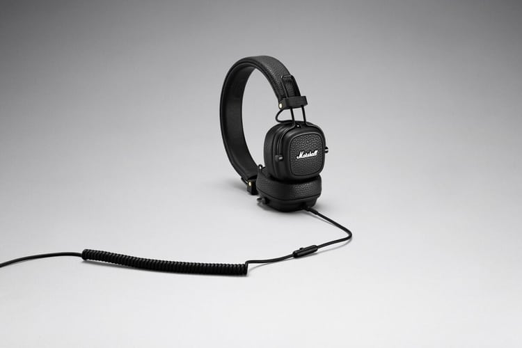 major iii bluetooth headphones side and cable view