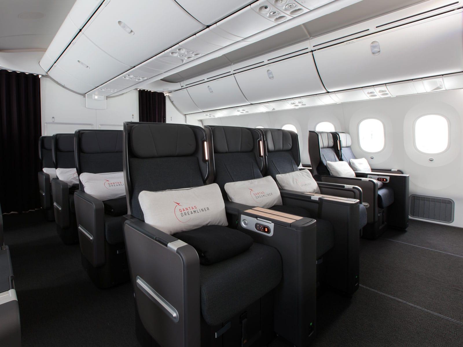 qantas 787 premium economy