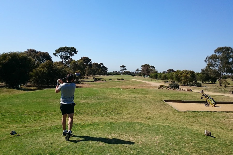 no booking required in bulleen golf driving range